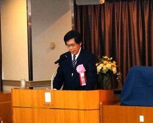 鈴木学部長
