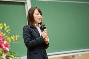 学生会代表挨拶 佐藤萌花さん